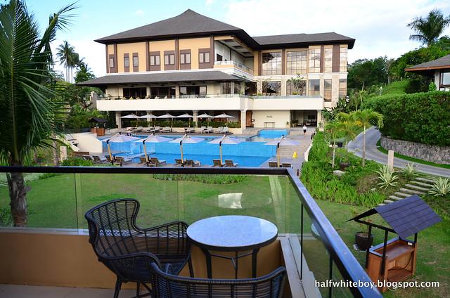 halfwhiteboy - anya resort tagaytay 19