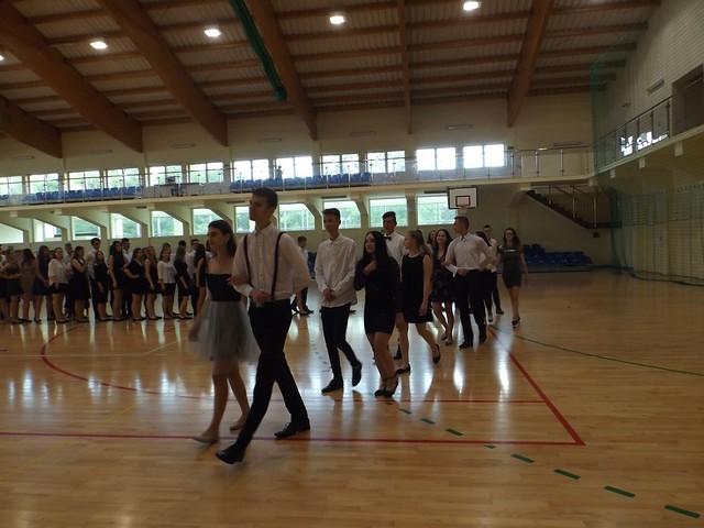 Próba bicia Rekordu Polski w ilości par jednocześnie tańczących poloneza