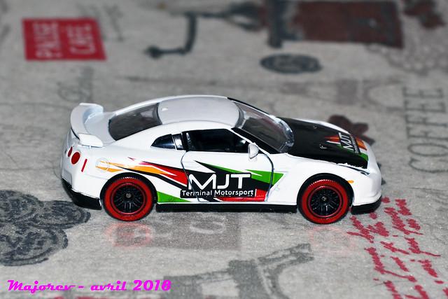 N°214D - Nissan GTR 40439458795_22a179eacc_z