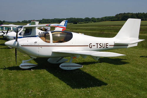 G-TSUE Europa (PFA 247-12612) Popham 080608