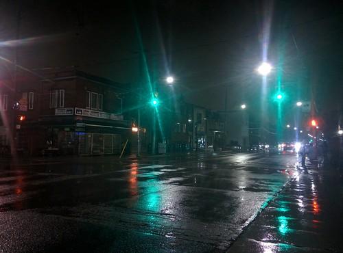 Looking north, Dovercourt and Hallam #toronto #dovercourtvillage #dovercourtroad #hallamstreet #lights #night #rain #latergram