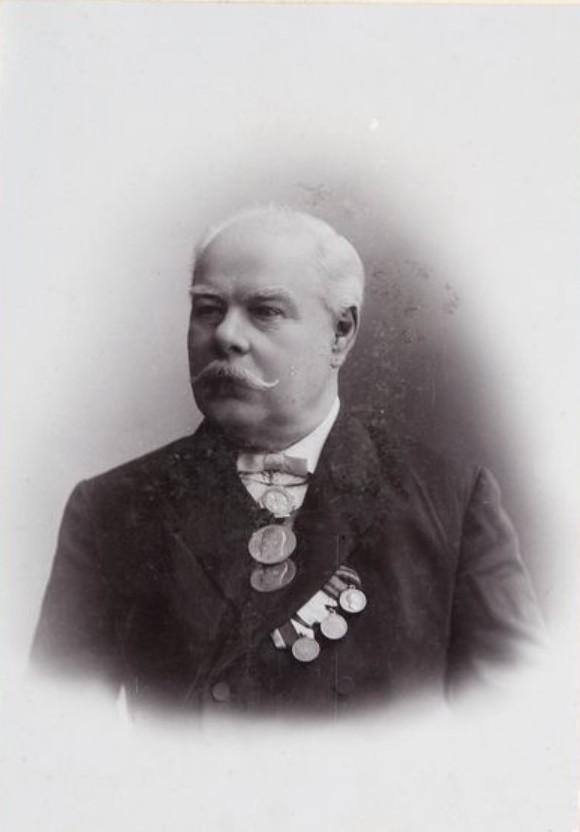 1910-е. Фото почетного попечителя Костромского Епархиального женского училища Ивана Степановича Цеханского