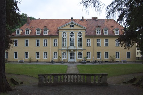 Rückseite / Rear of the castle