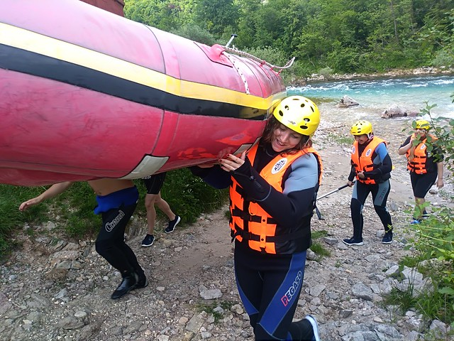 Chose rafting tour