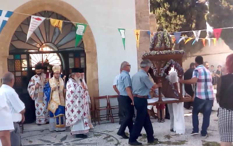Ανήμερα του Αγίου Πνεύματος στην Ψίνθο