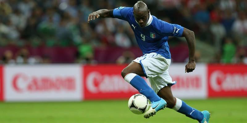 Mino Raiola Bicara Soal Peluang Mario Balotelli Ke Napoli