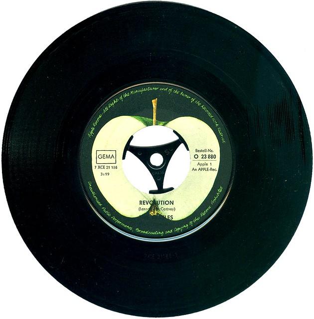 1 - Apple 1 - Beatles, The - Hey Jude - D - 1968-