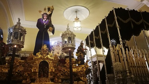 Paso del Gran Poder en su capilla para la Semana Santa
