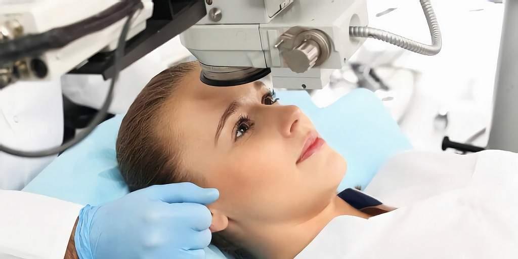 Une nouvelle chirurgie oculaire au laser sera bientôt disponible