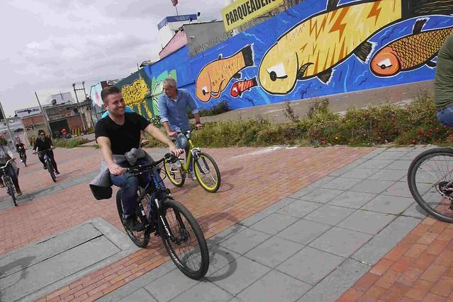 Bogotá Bike Tours Graffiti/Street Art