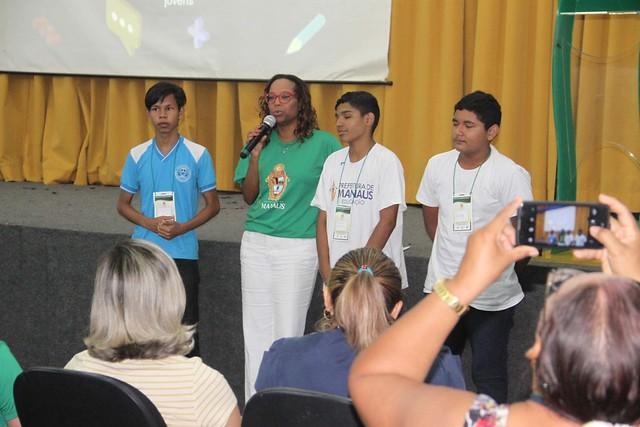 12.04.18 Plataforma Faz Sentido será utilizada por alunos da rede municipal de ensino de Manaus.