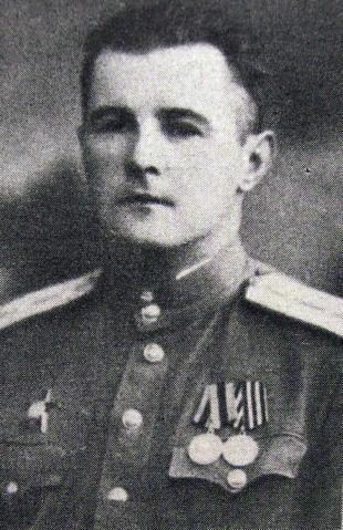 Горинович Алексей Борисович - командир мотострелковой роты гвардии старший лейтенант