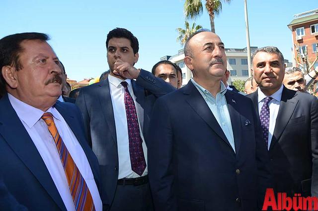 Dışişleri Bakanı Mevlüt Çavuşoğlu Alanyaspor Store Mağazası'nın açılışına katıldı -5