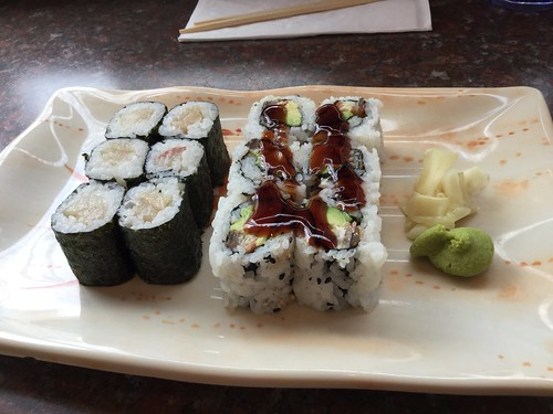 Yellowfin roll & eel/avocado roll