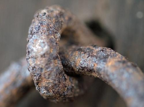 anillo de hierro / iron ring
