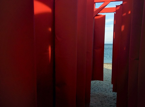 Obstacle (3) #toronto #winterstations #beaches #woodbinebeach #obstacle #publicart #latergram