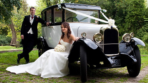 wedding-car-hire-milton-keynes-buckinghamshire2
