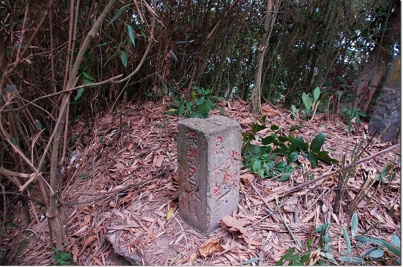 蘇厝山(林仔內)急水溪水源保護區界水泥柱(Elev. 120 m)