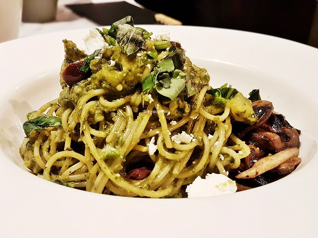Genovese Pesto Pasta With Mushrooms
