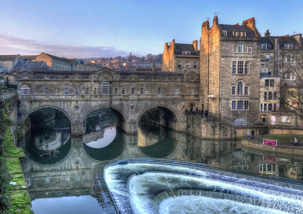 Pulteney Bridge, Bath. Credit Baz Richardson, flickr