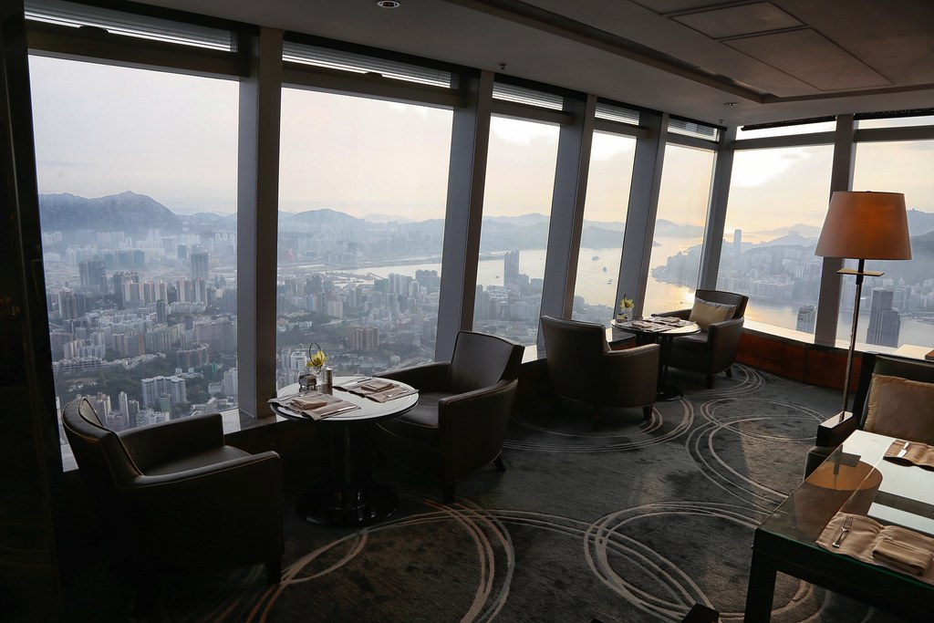 Ritz-Carlton Hong Kong Club Lounge 13