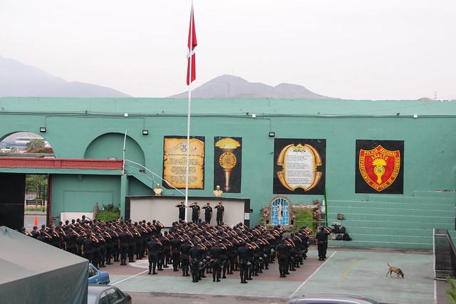 Charla a PNP Control de Disturbios