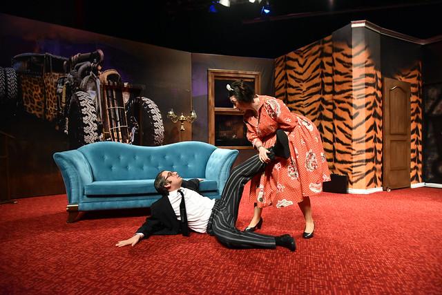 Karmakarışık tiyatro oyunu prömiyer -4