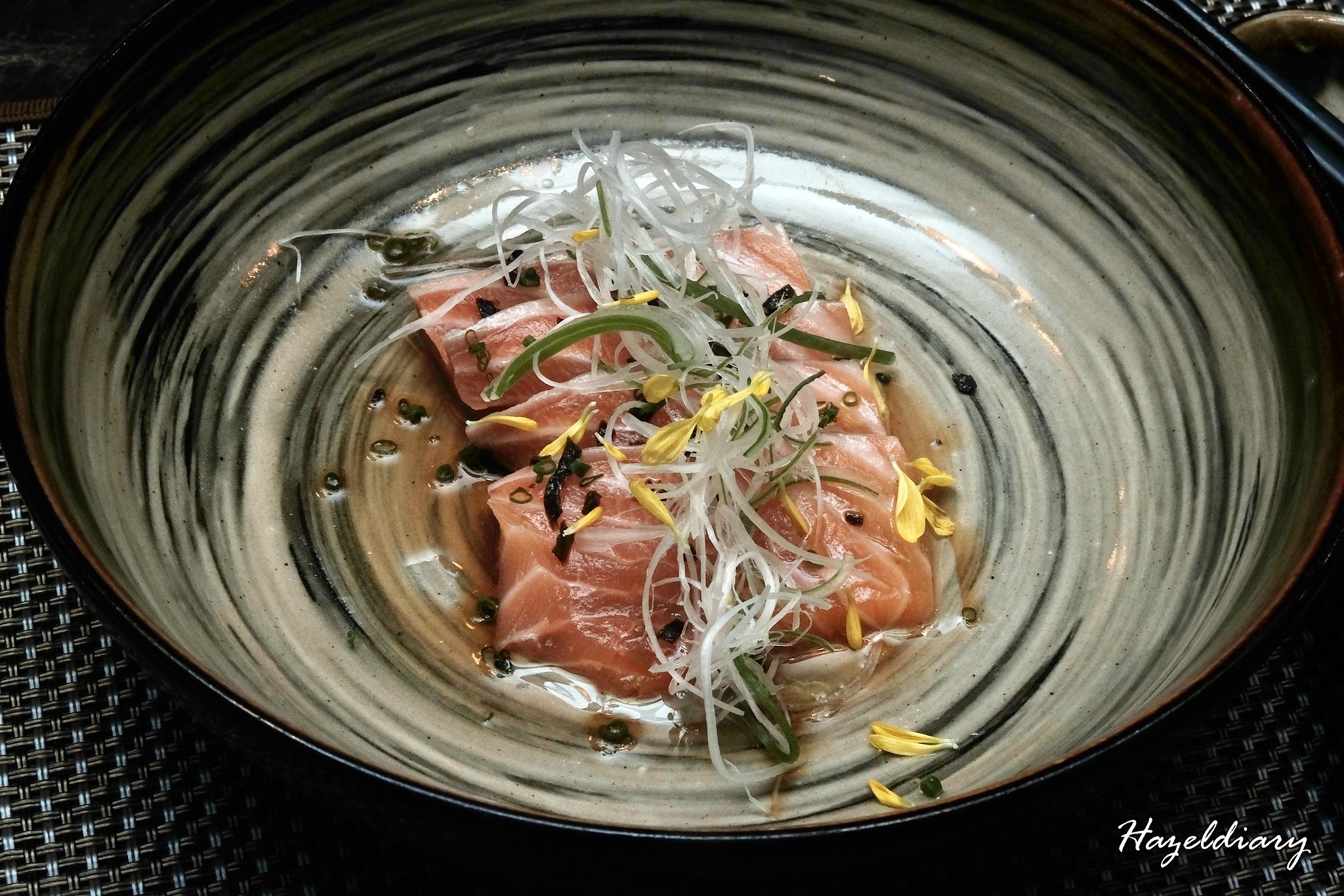 Rakuya-Salmon Carpaccio