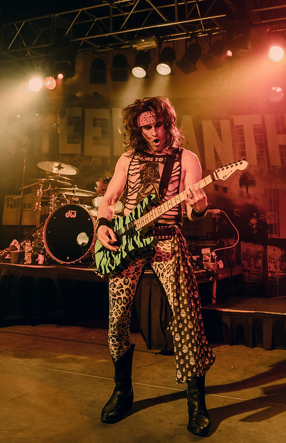 SteelPanther34