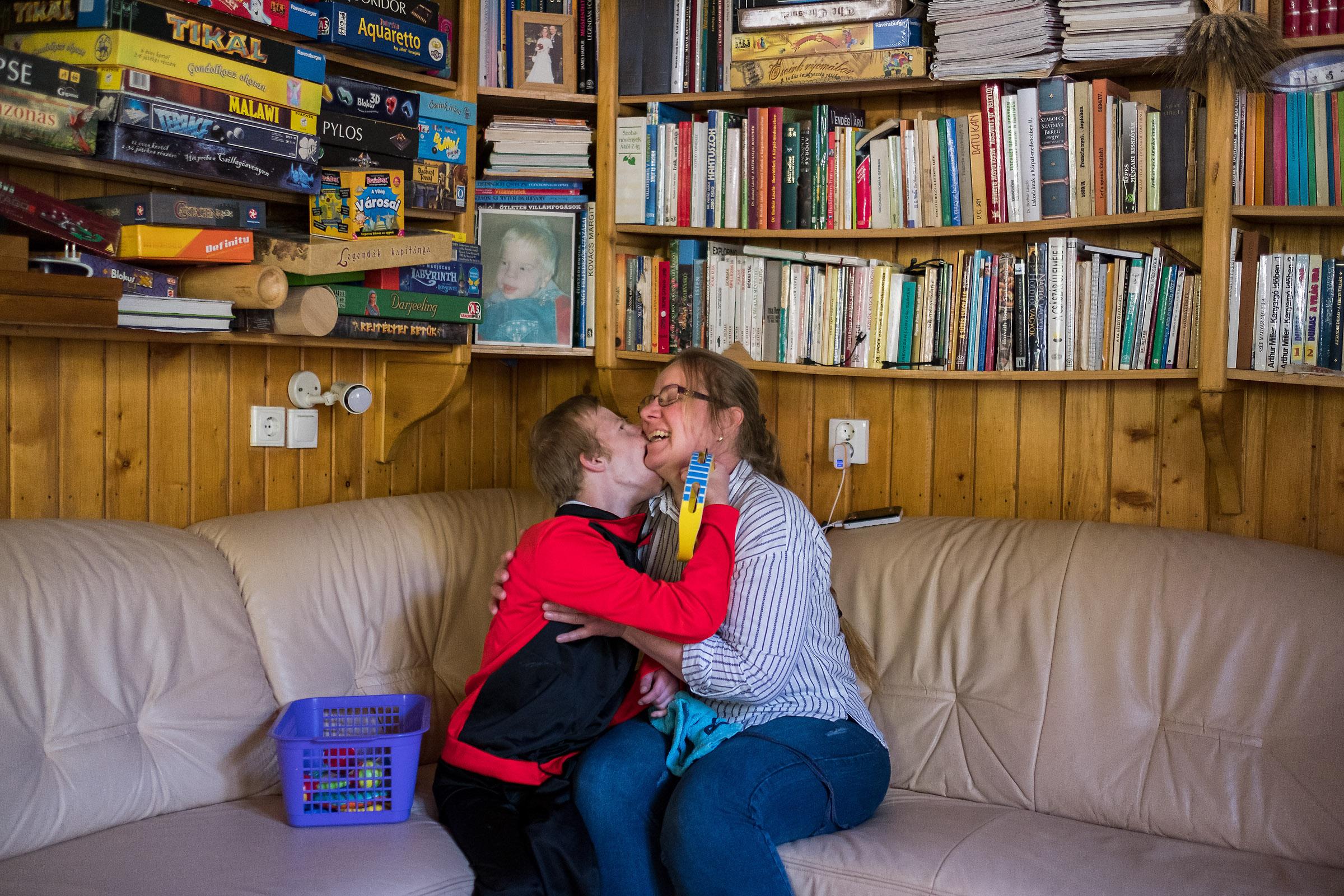 Ápolási díjon lévő anyák