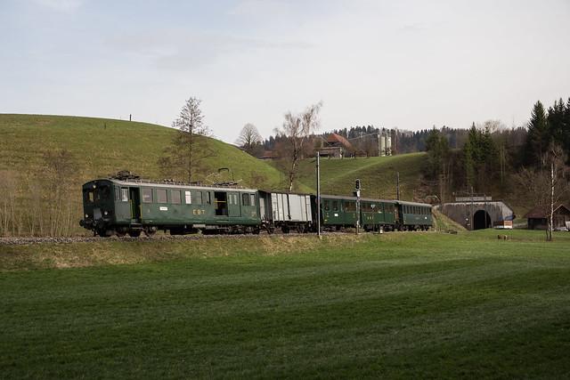 VHE BDe 2/4 unterwegs auf der Emmentalbahn bei Gammenthal