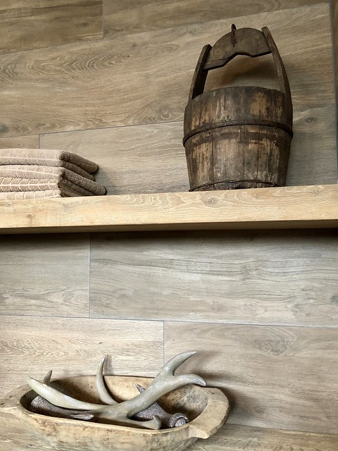 Planken badkamer
