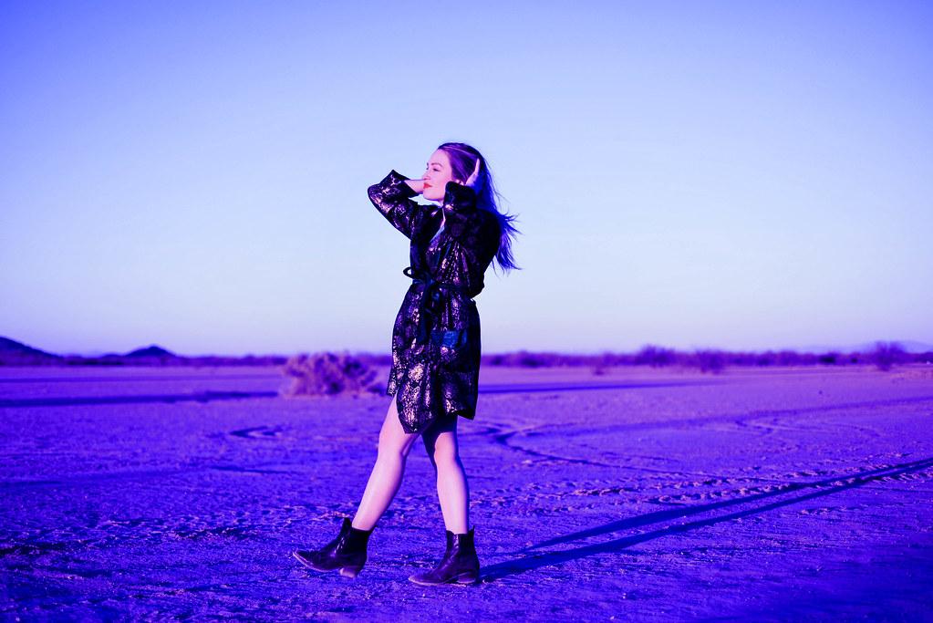 housecoat in the desert 9