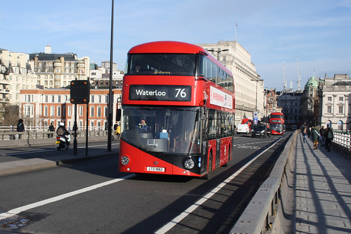Go-Ahead London LT882 LTZ1882