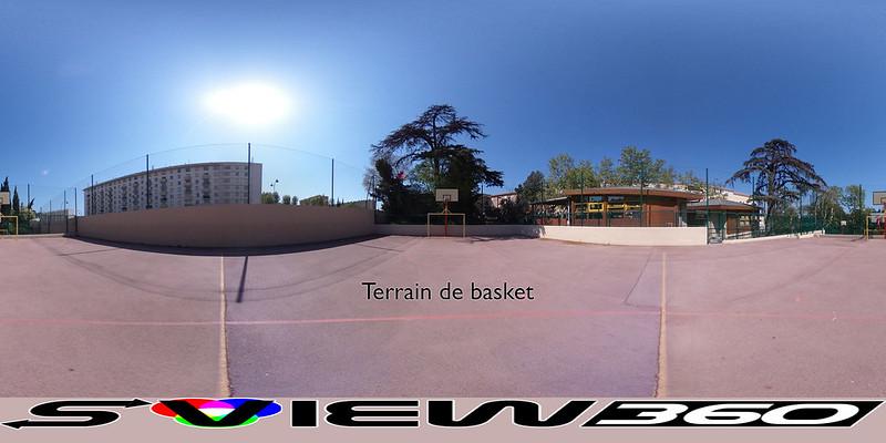 12 - Terrain de basket