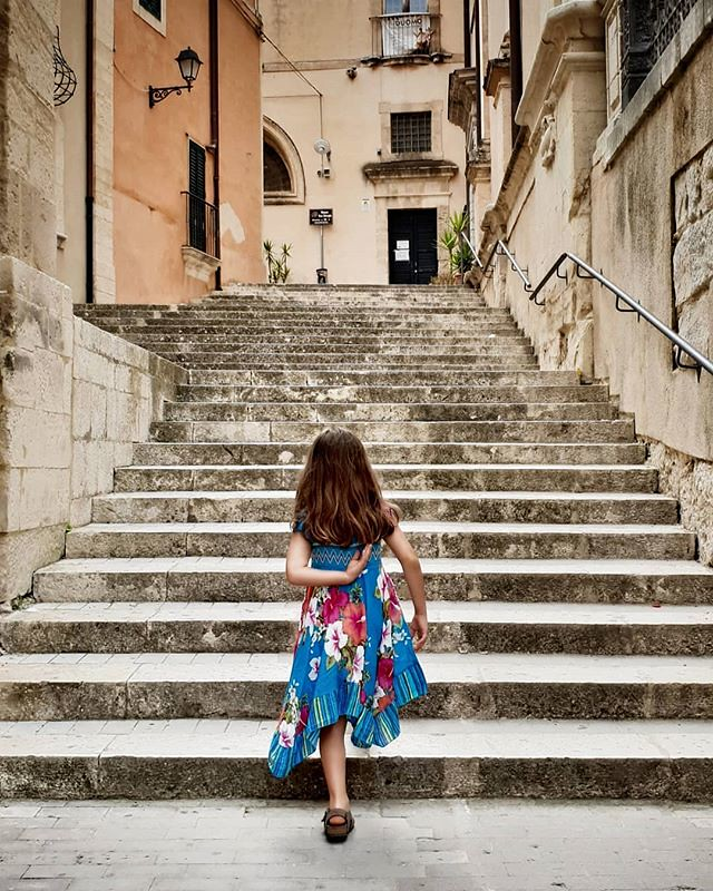Up the stairs #ragusa #ragusaibla #sicily #sicilia #stairs #architecture #kid #mylittlebabygirl #Margherita #walking #dress #style #cute #lovely #igers #igersitalia #photooftheday #picoftheday #up
