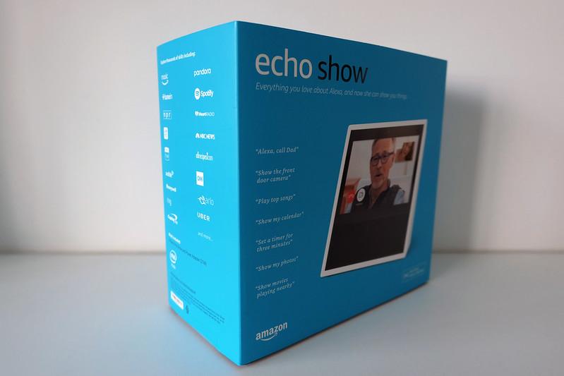 Amazon Echo Show - Box