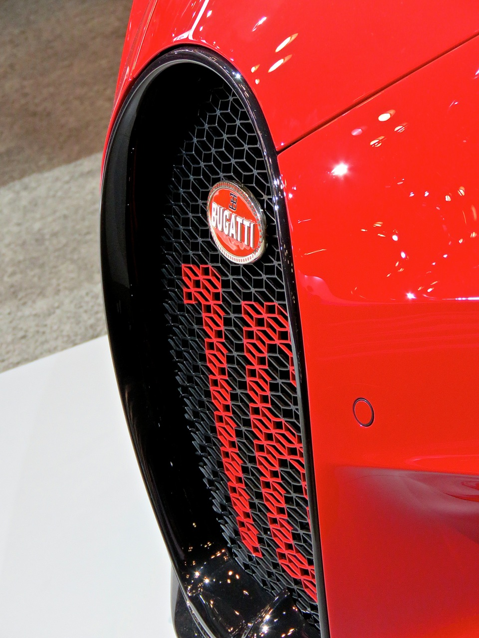 NYIAS 2018 Bugatti Chiron Sport