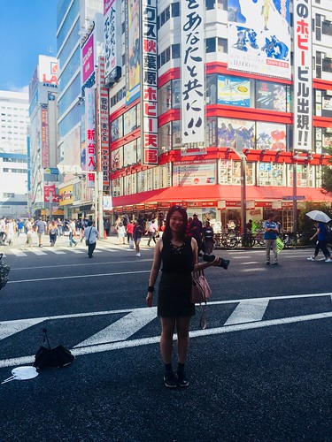 Tokyo Ginza. Elaine Jiang: #StudyAbroadBecause...there was nowhere to go but everywhere!