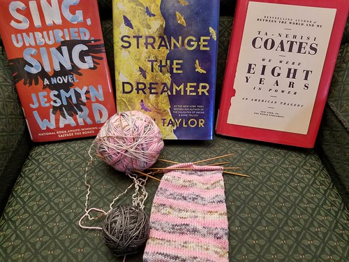April Reading & Knitting