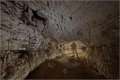 Le plafond de la grotte de l'Ermitage, vers Vaucluse