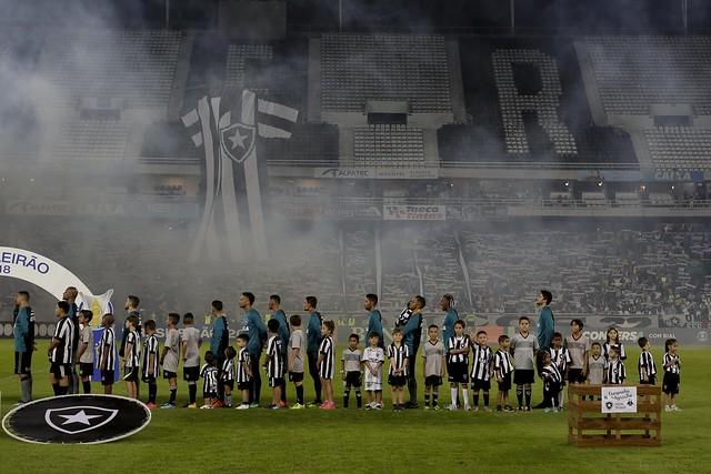 Botafogo 2 x 0 Atlético-PR