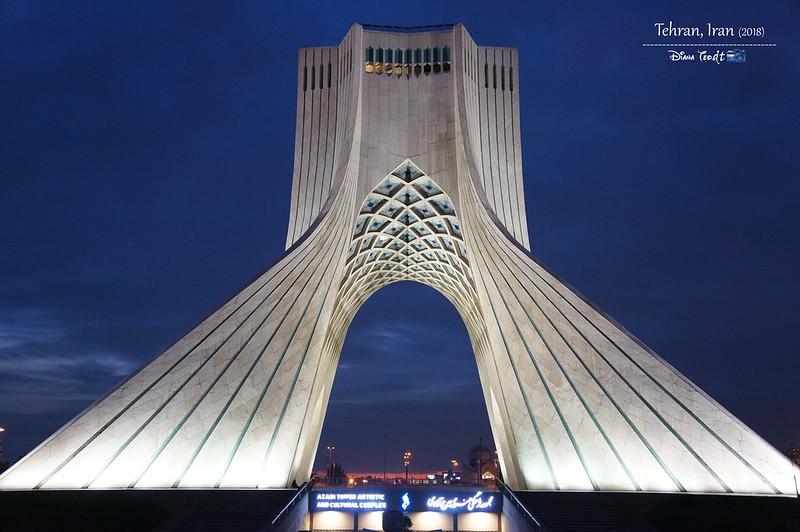 2018 Iran Azadi Tower 01