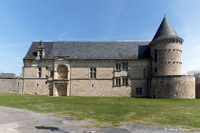 46 Assier - Château