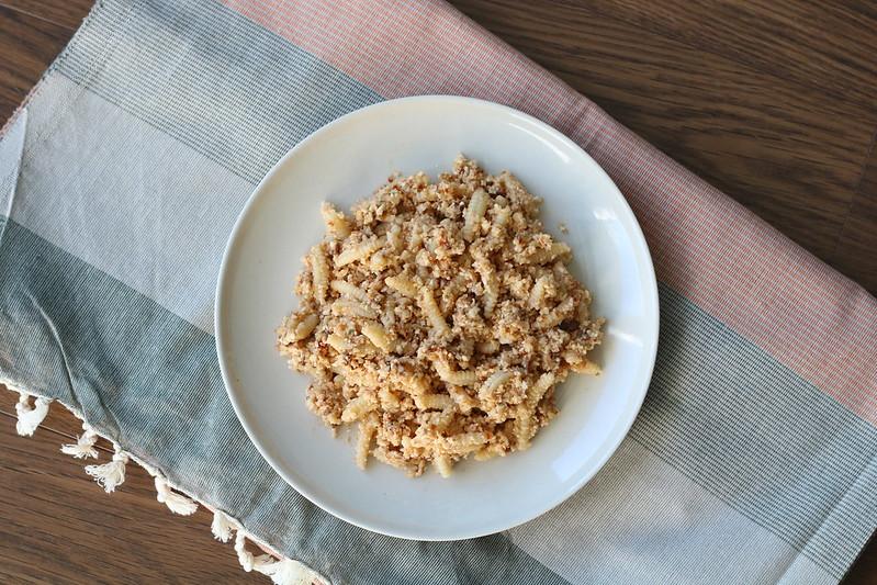 pasta with cauliflower pesto