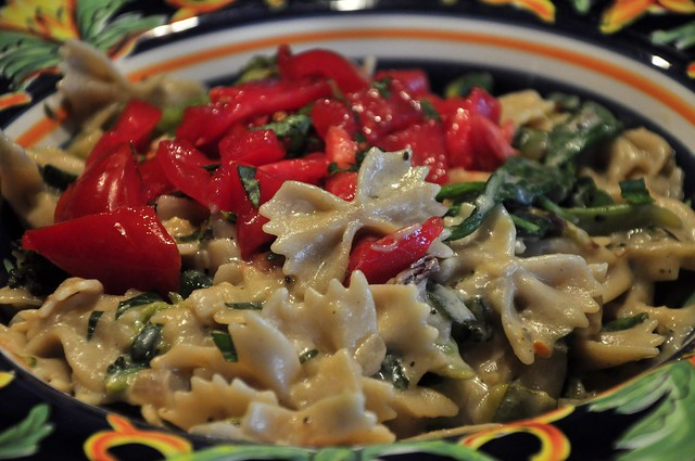 Farfalle Pasta with Spinach, Tomato, Zucchini and Lemon Zest