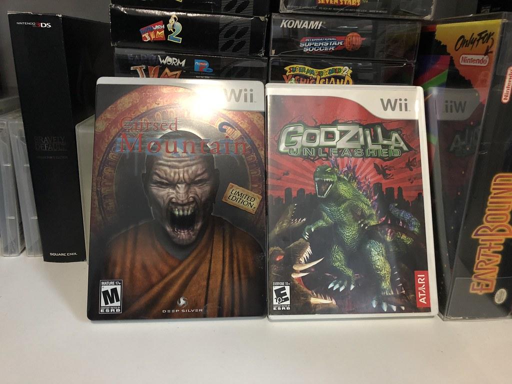 cursed y godzilla