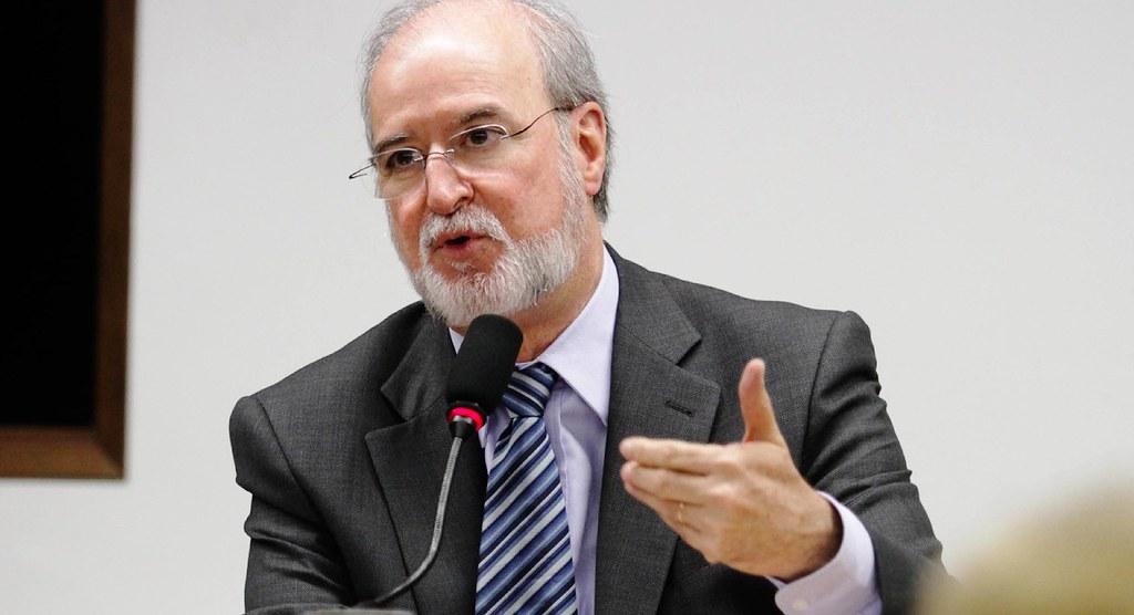TJ de Minas decreta prisão de Azeredo por envolvimento no mensalão tucano , Eduardo Brandão de Azeredo