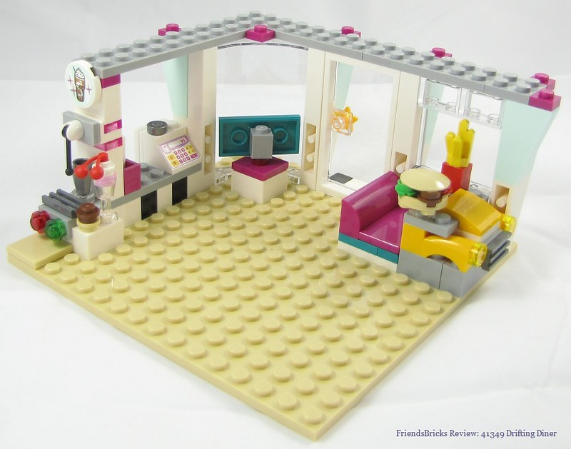 Heartlake Times: Review: 41349 Drifting Diner