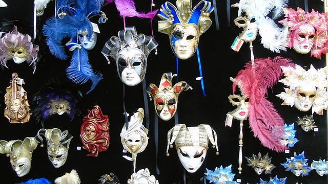1_venetsianikes_maskes